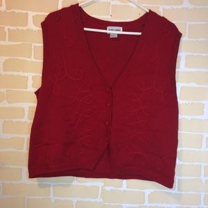 Red Alfred Dunner Christmas Vest Size Large 🎄